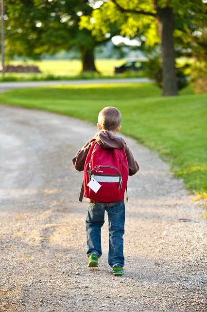 are backpacks bad for your back