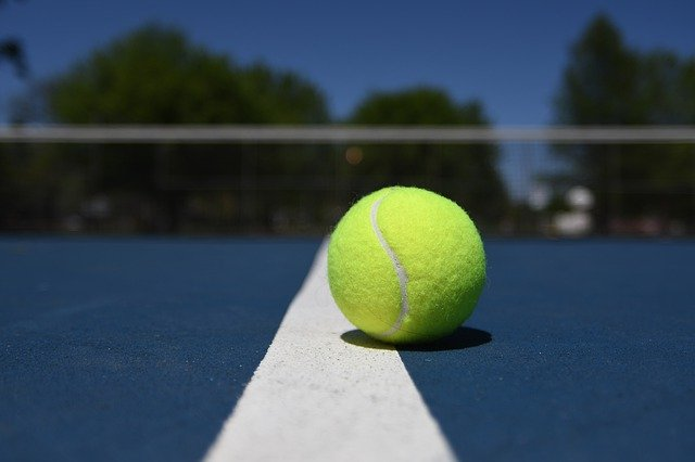 tennis ball therapy to relieve back pain